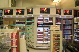 Can you buy cigarettes Marlboro in store in London